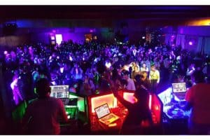 Silent Disco DJ battle huren